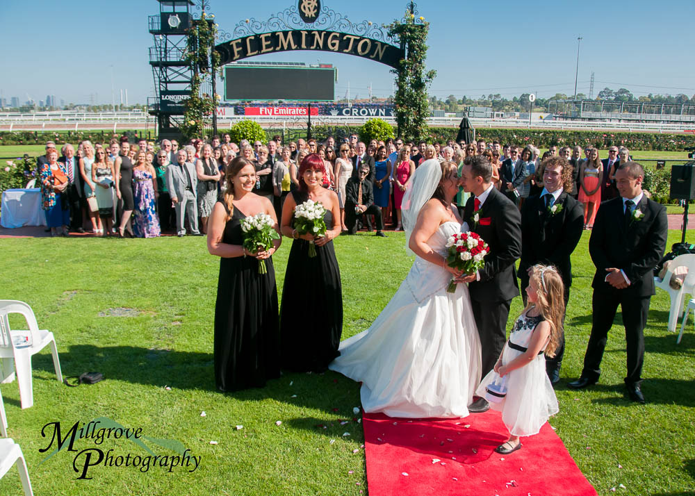 Group shot in the mounting yard at Flemington, by Millgrove Photography
