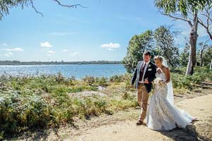 Beach wedding – Mel and Luke