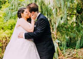 Tamar and Dean's awesome Waterfall wedding at Chateau Wyuna