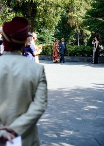 Bride arriving with her father, Treasury Gardens