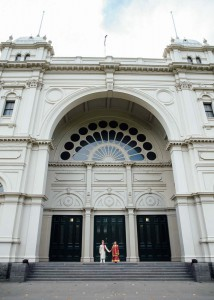 4-bride-groom-wedding-exhibition-building-melbourne