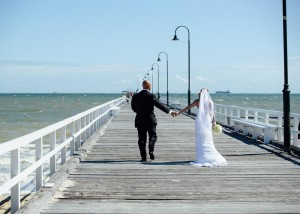 Bride and groom beach wedding Melbourne, Kerford Rd Pier