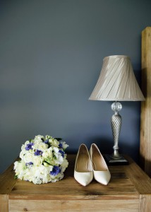 5-bride-shoes-and-bouquet