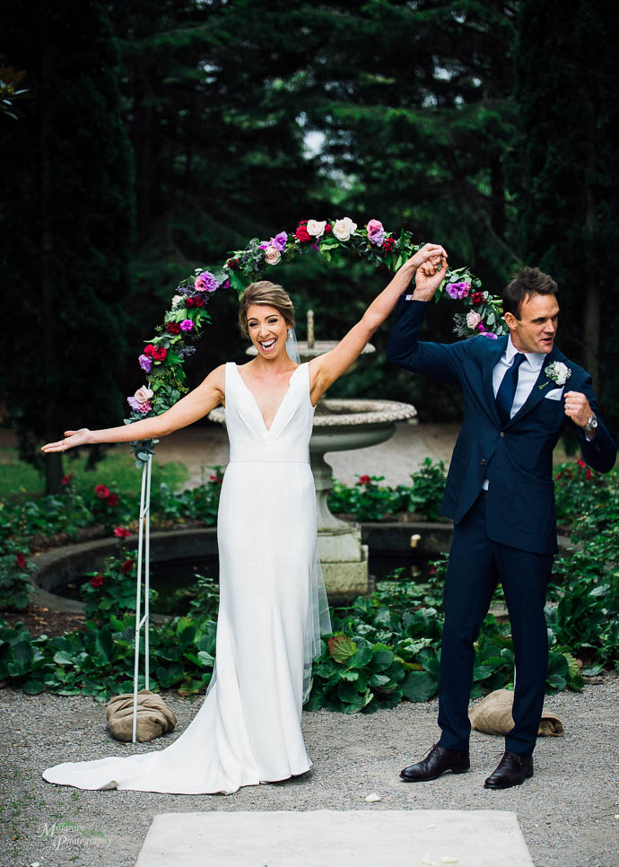 Bridal images, with bride and groom at Como House