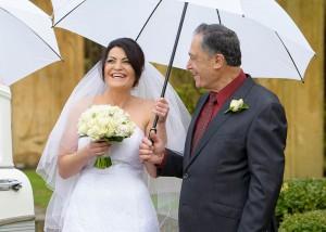 bride-and-dad-lauging-pre-ceremony